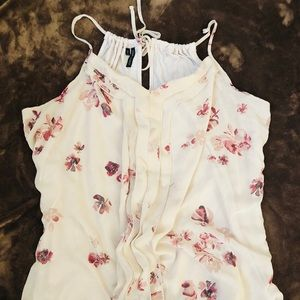 EUC Maurices Floral Cream Chiffon Front tank